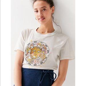 Urban outfitters future state retro tee shirt